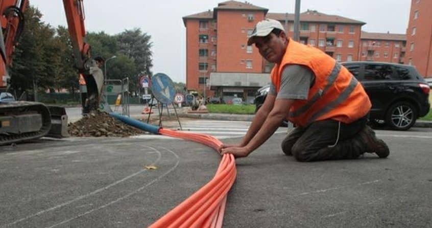 Iniziati i lavori per portare la fibra ottica a San Fele paese