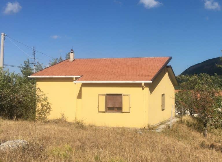 Vendesi casa Località Montagna SAN FELE